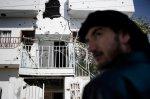 منزل مهدم في قصف لمدرعات الجيس السوري في بلدة القصير 25 كانون الثاني/يناير 2012