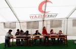 10- أطفال سوريون في حصة دراسية في صف مؤقت ضمن مخيم Boynuyogun للاجئين على الحدود التركية السورية في مقاطعة Hatay  يوم 8 شباط/ فبراير. (مراد سيزر Murad Sezer/رويترز).